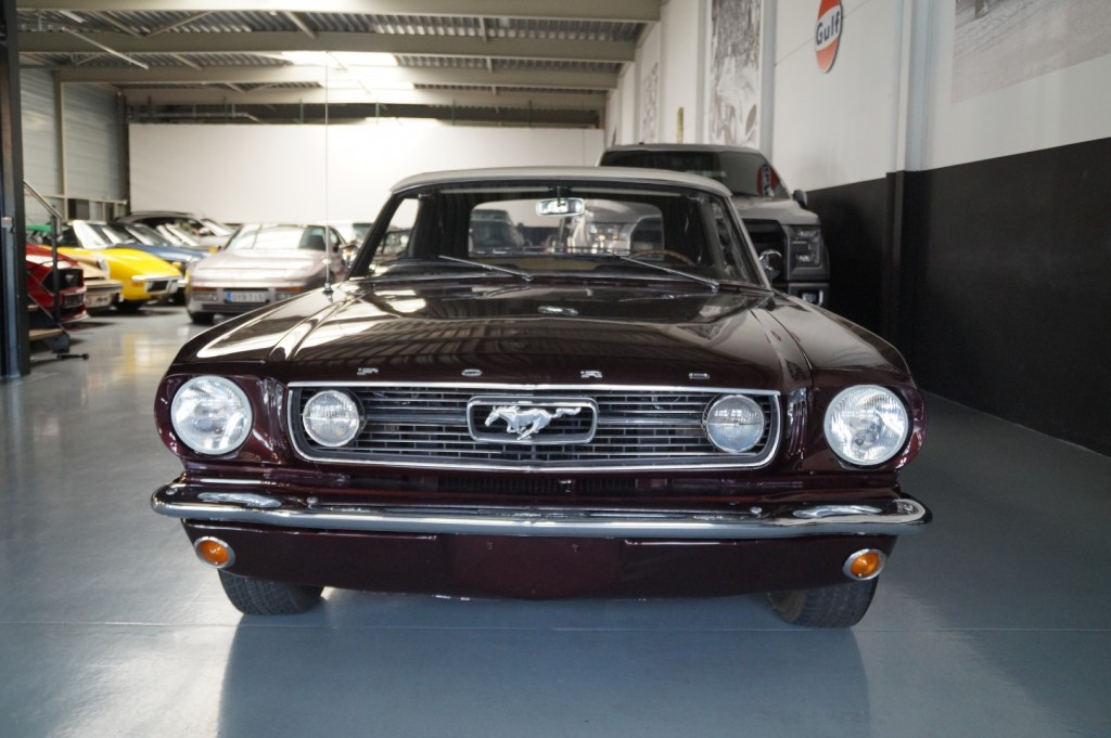 Buy this FORD MUSTANG 1966  at Legendary Classics (21)