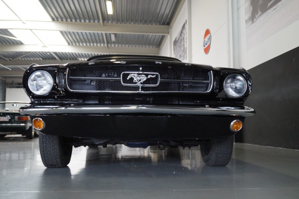 Buy this FORD MUSTANG 1965  at Legendary Classics (24)