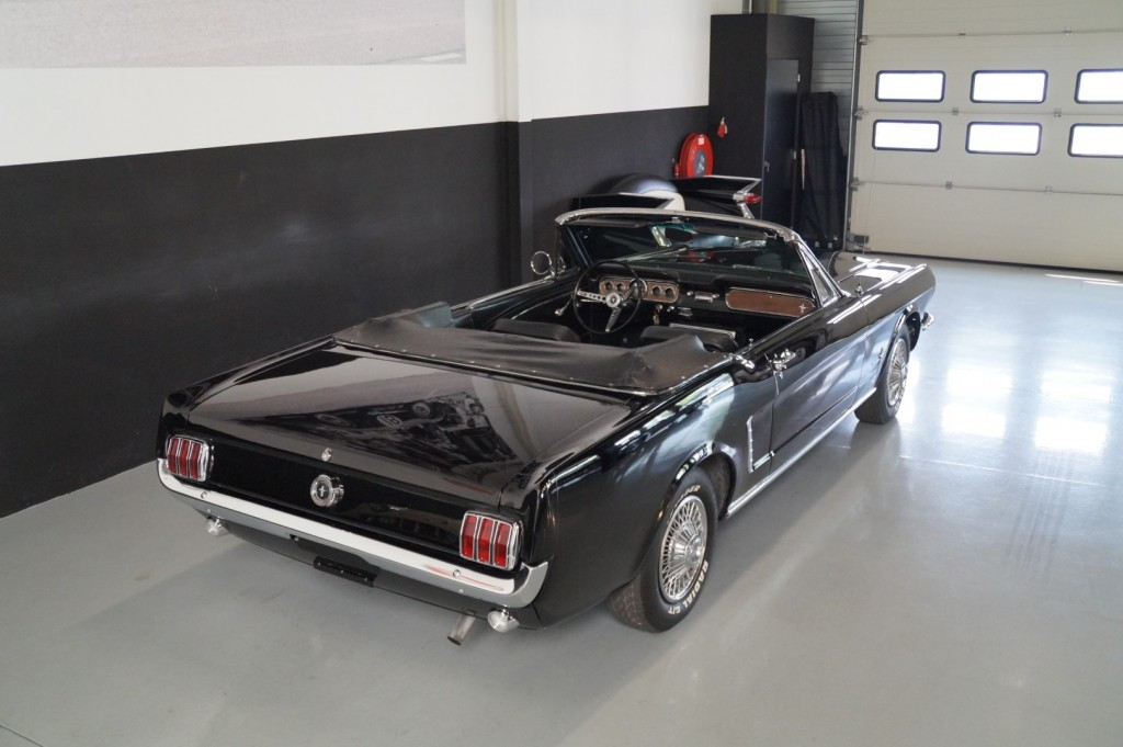 Buy this FORD MUSTANG 1965  at Legendary Classics (4)
