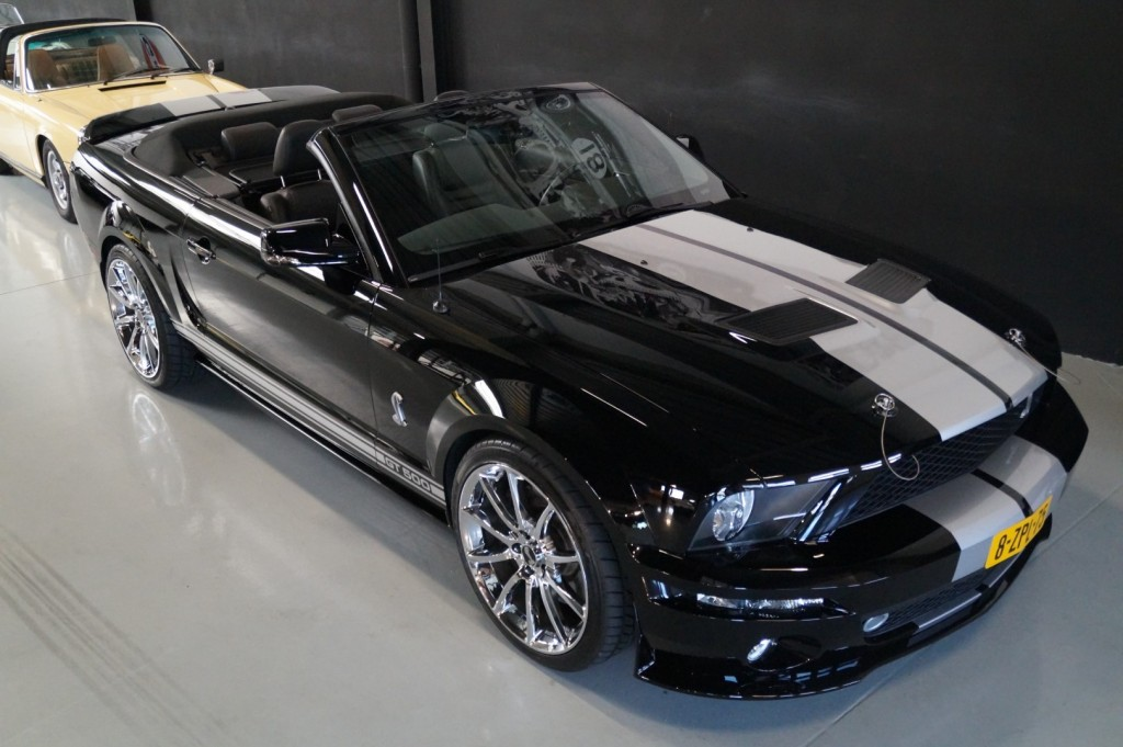 Buy this FORD MUSTANG 2009  at Legendary Classics (16)