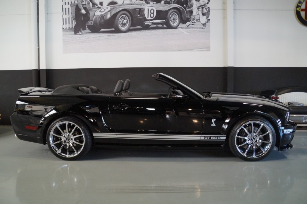Buy this FORD MUSTANG 2009  at Legendary Classics (24)