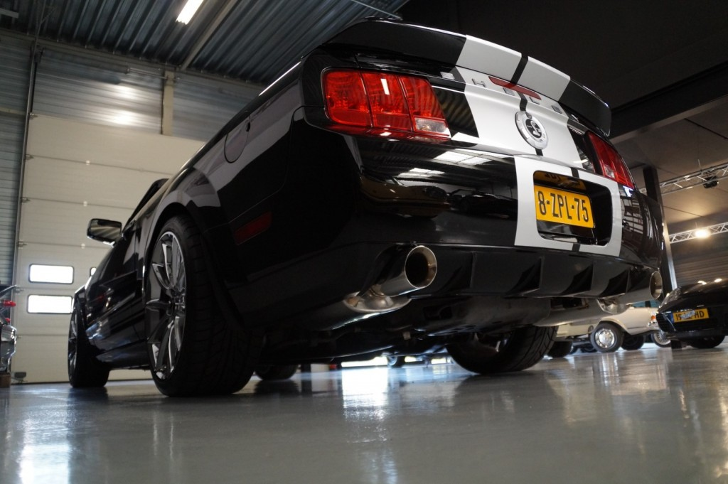 Buy this FORD MUSTANG 2009  at Legendary Classics (36)