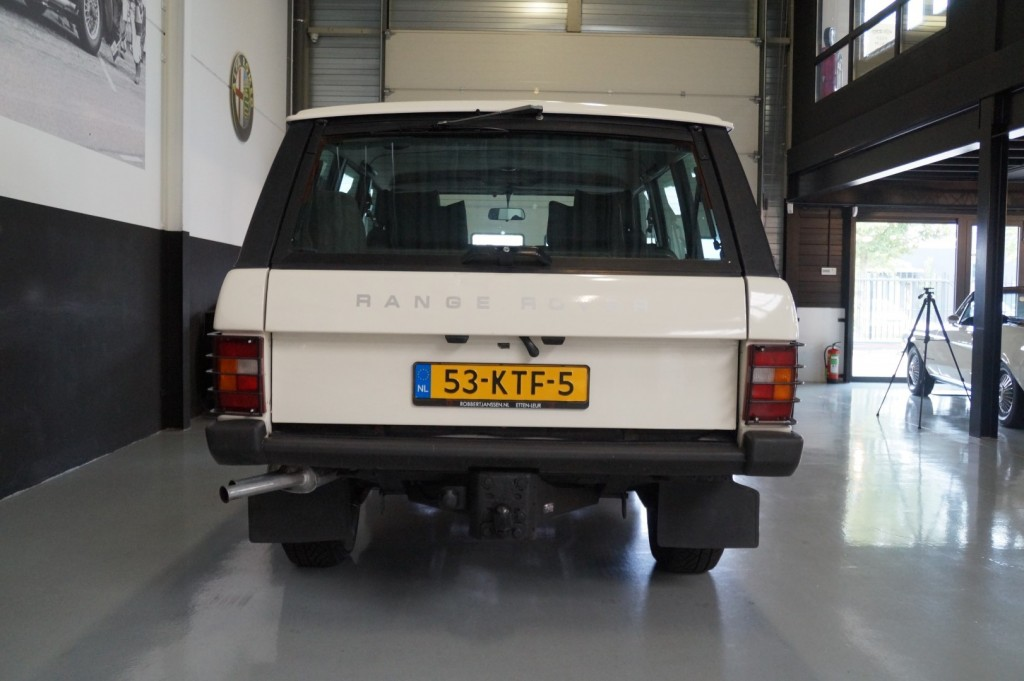 Buy this LAND ROVER RANGE ROVER 1985  at Legendary Classics (23)