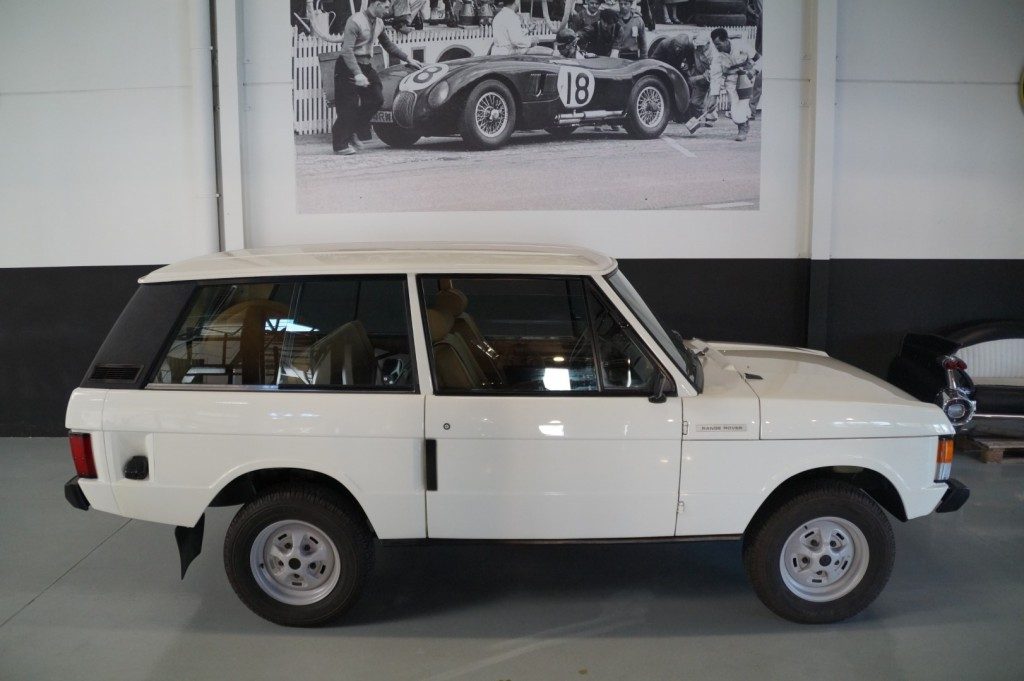 Buy this LAND ROVER RANGE ROVER 1977  at Legendary Classics (20)