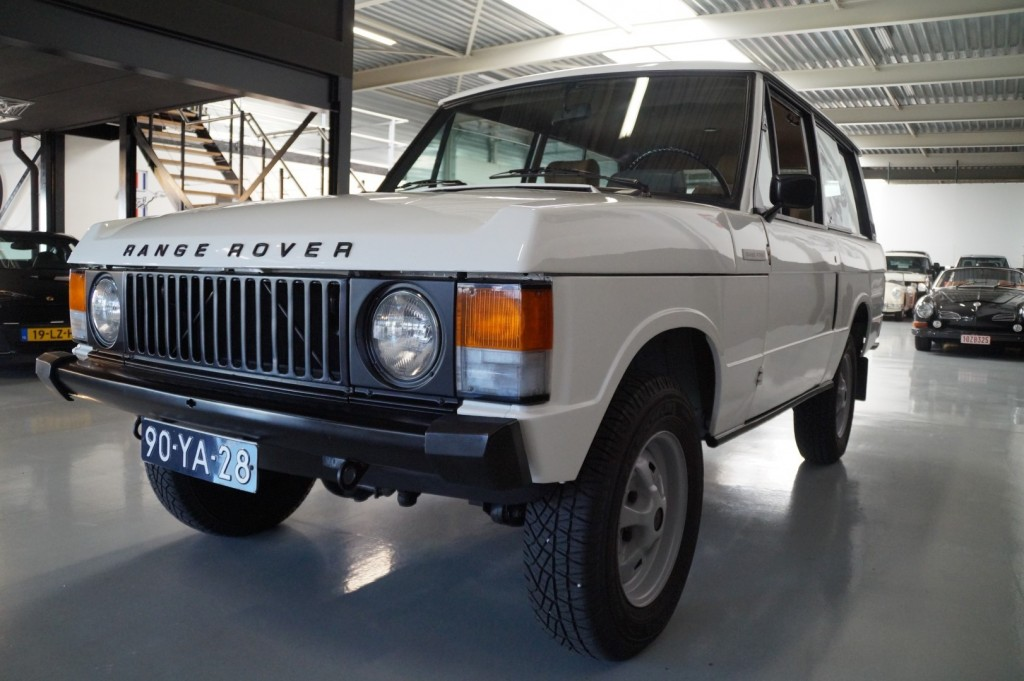 Buy this LAND ROVER RANGE ROVER 1977  at Legendary Classics (29)