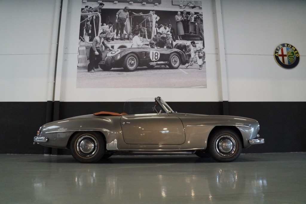 Buy this MERCEDES-BENZ 190 1960  at Legendary Classics (2)