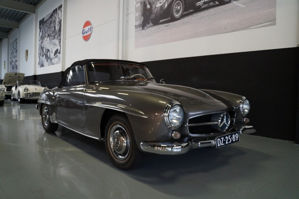 Buy this MERCEDES-BENZ 190 1960  at Legendary Classics (12)
