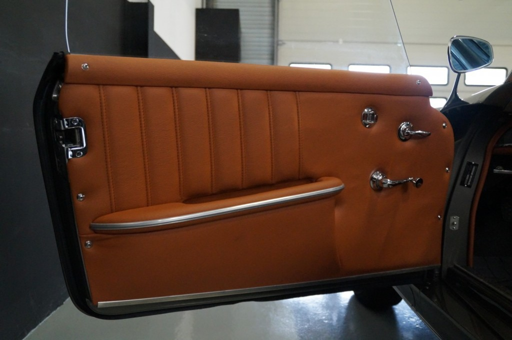 Buy this MERCEDES-BENZ 190 1960  at Legendary Classics (19)
