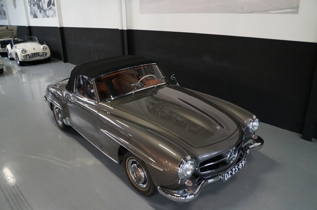 Buy this MERCEDES-BENZ 190 1960  at Legendary Classics (22)