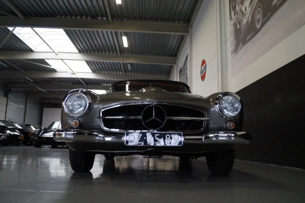Buy this MERCEDES-BENZ 190 1960  at Legendary Classics (23)
