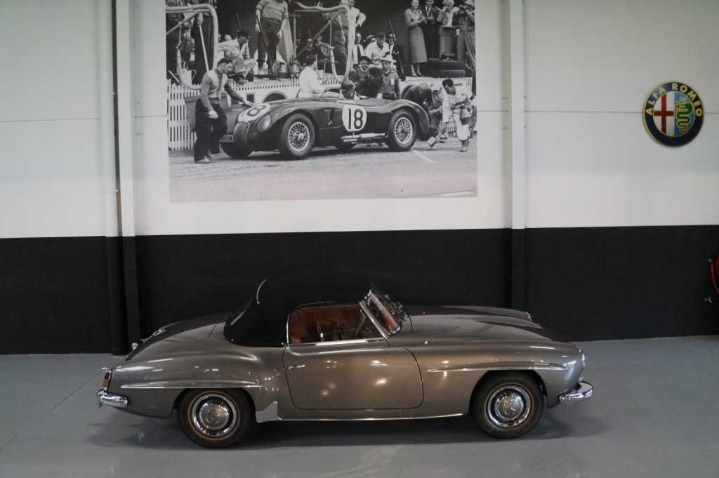 Buy this MERCEDES-BENZ 190 1960  at Legendary Classics (27)