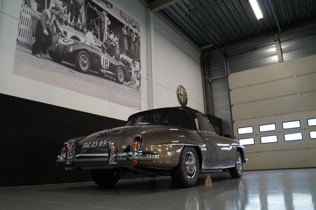 Buy this MERCEDES-BENZ 190 1960  at Legendary Classics (28)