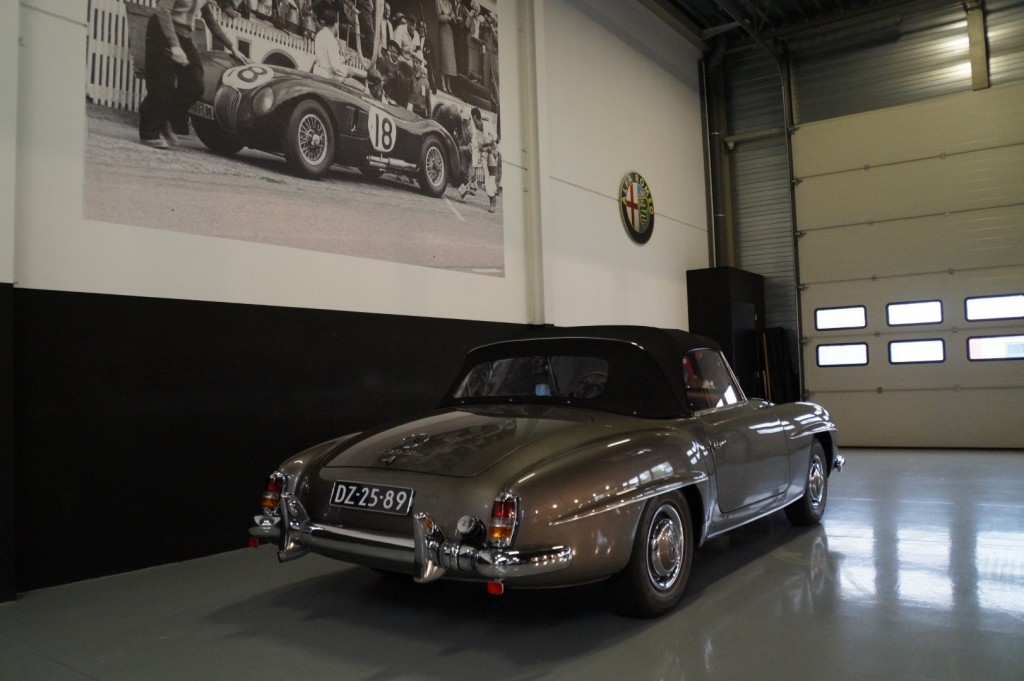 Buy this MERCEDES-BENZ 190 1960  at Legendary Classics (29)