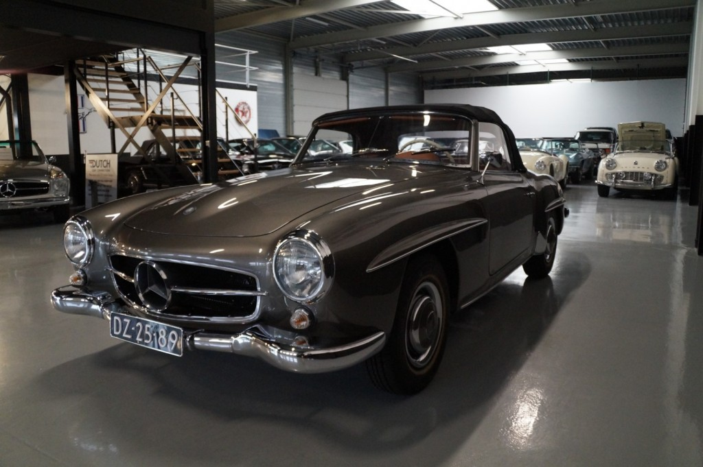 Buy this MERCEDES-BENZ 190 1960  at Legendary Classics (36)