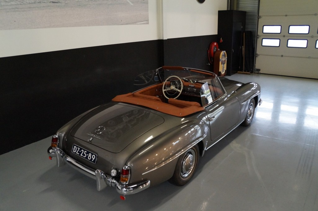 Buy this MERCEDES-BENZ 190 1960  at Legendary Classics (5)