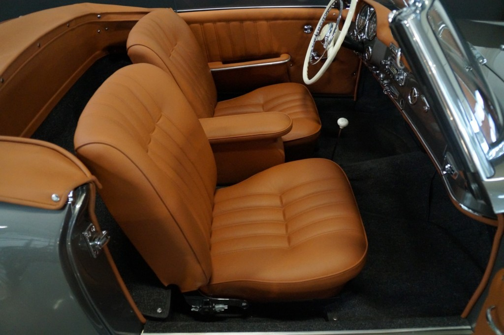 Buy this MERCEDES-BENZ 190 1960  at Legendary Classics (69)