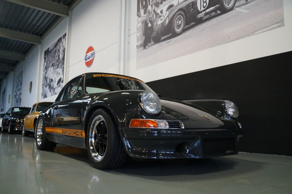 Buy this PORSCHE 964 1990  at Legendary Classics (2)