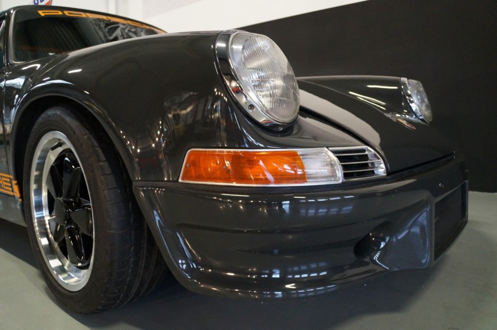 Buy this PORSCHE 964 1990  at Legendary Classics (15)