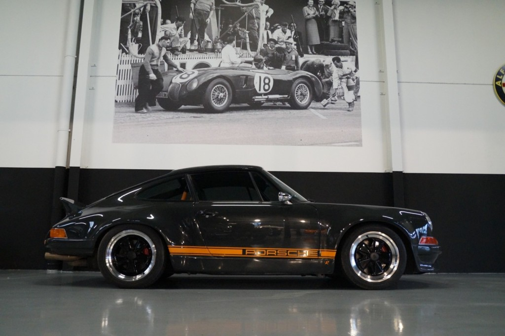 Buy this PORSCHE 964 1990  at Legendary Classics (3)