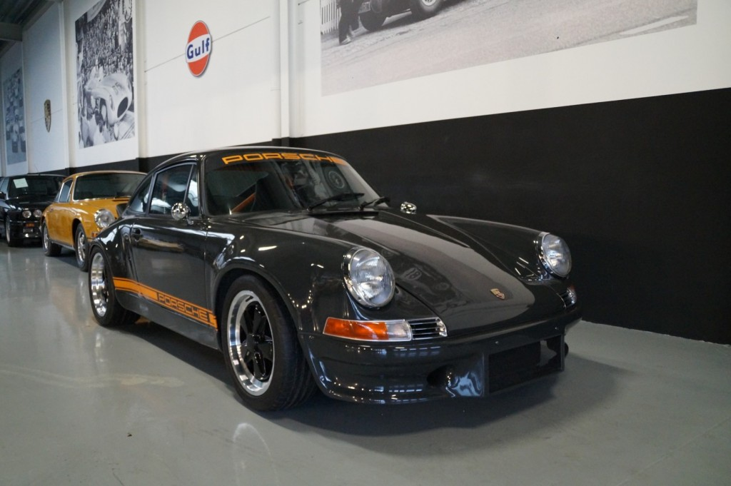 Buy this PORSCHE 964 1990  at Legendary Classics (21)