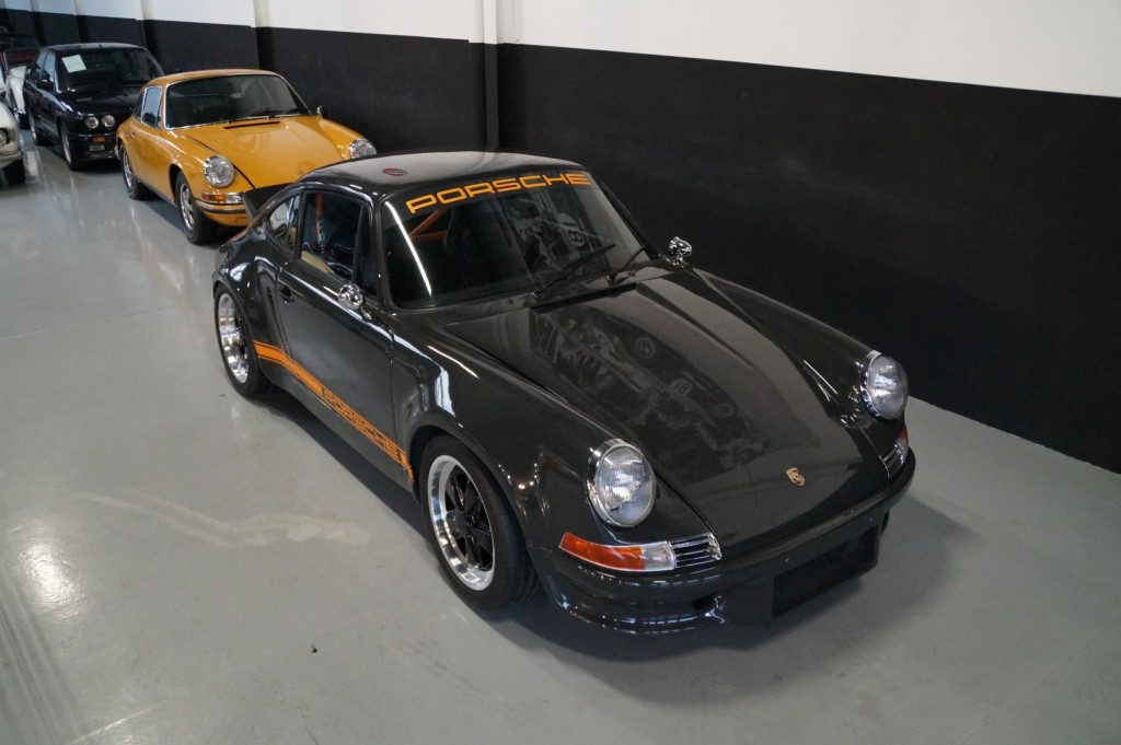Buy this PORSCHE 964 1990  at Legendary Classics (22)