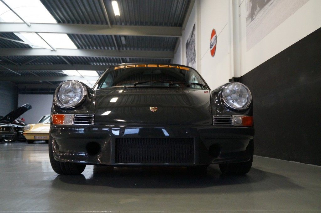 Buy this PORSCHE 964 1990  at Legendary Classics (23)