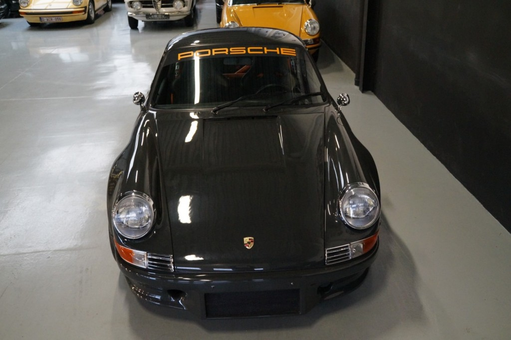 Buy this PORSCHE 964 1990  at Legendary Classics (25)
