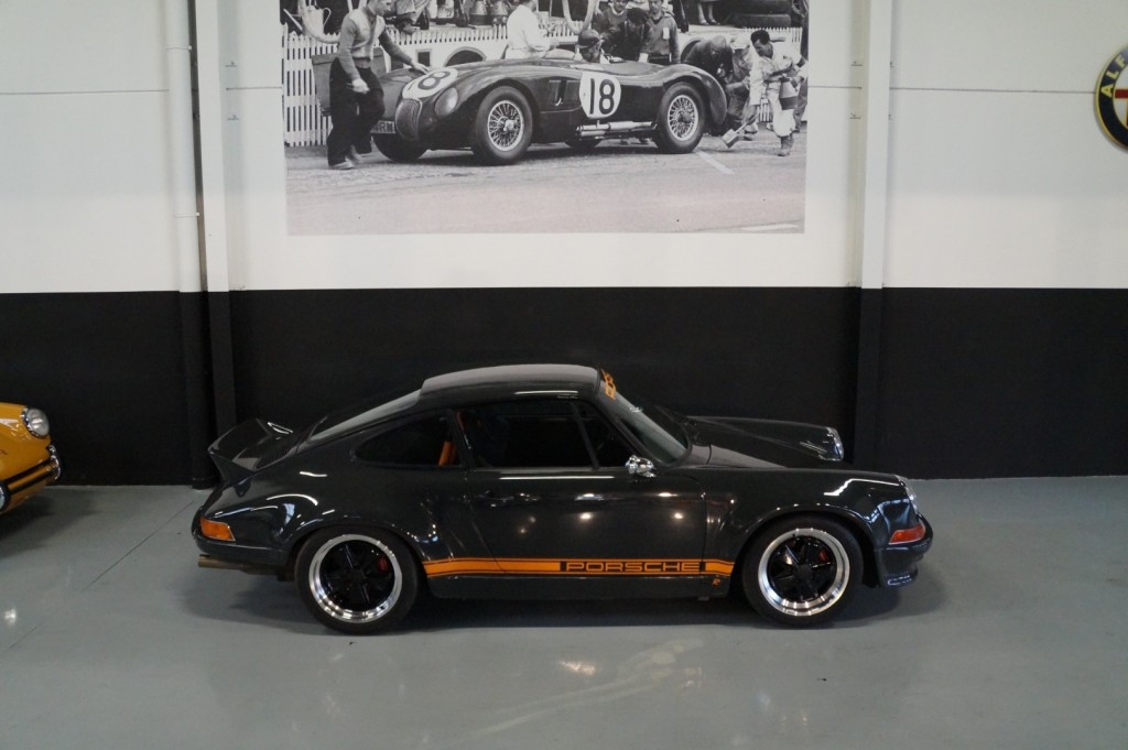 Buy this PORSCHE 964 1990  at Legendary Classics (28)
