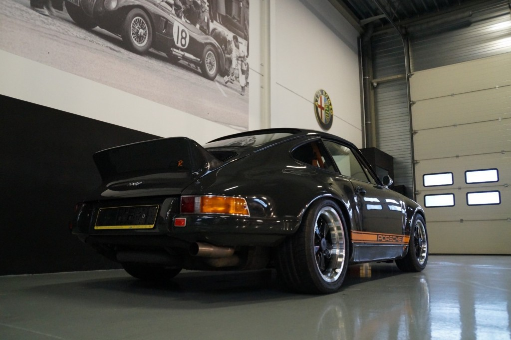 Buy this PORSCHE 964 1990  at Legendary Classics (29)