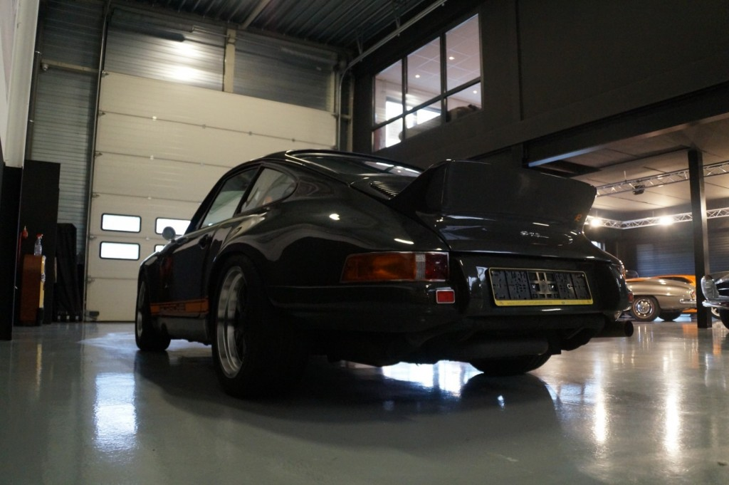 Buy this PORSCHE 964 1990  at Legendary Classics (33)