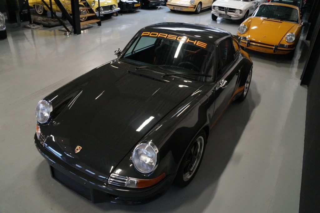 Buy this PORSCHE 964 1990  at Legendary Classics (38)