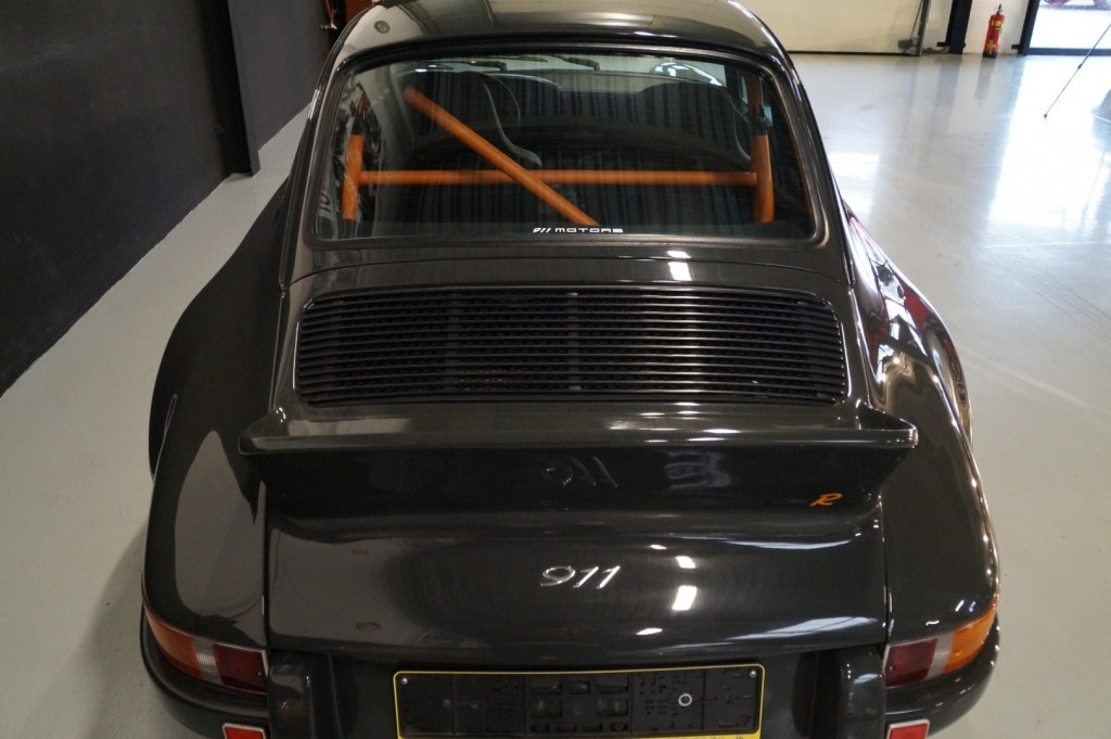 Buy this PORSCHE 964 1990  at Legendary Classics (42)