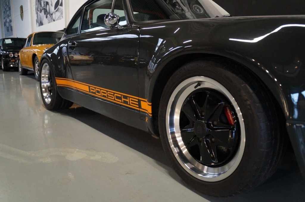 Buy this PORSCHE 964 1990  at Legendary Classics (10)