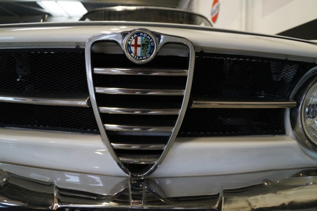 Buy this ALFA ROMEO GT 1967  at Legendary Classics (13)