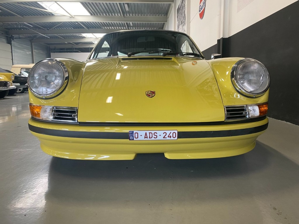 Buy this PORSCHE 911 1982  at Legendary Classics (30)