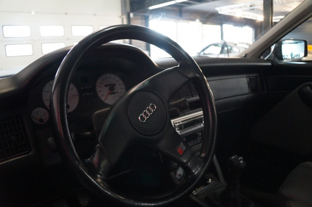 Buy this AUDI S2 1991  at Legendary Classics (35)