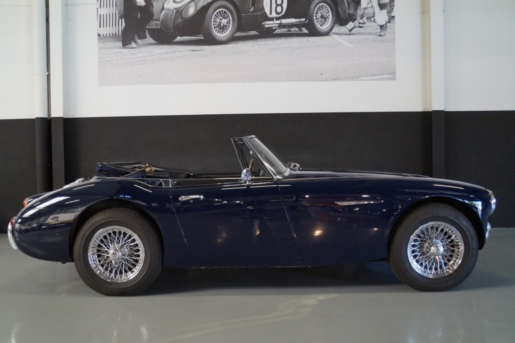 Buy this AUSTIN HEALEY 3000 1967  at Legendary Classics (33)