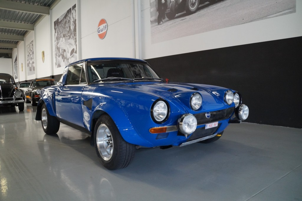 Buy this FIAT SPIDER 1978  at Legendary Classics (18)