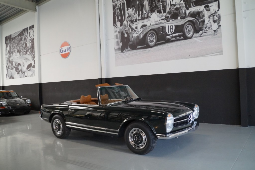 Buy this MERCEDES-BENZ 280 1968  at Legendary Classics (1)