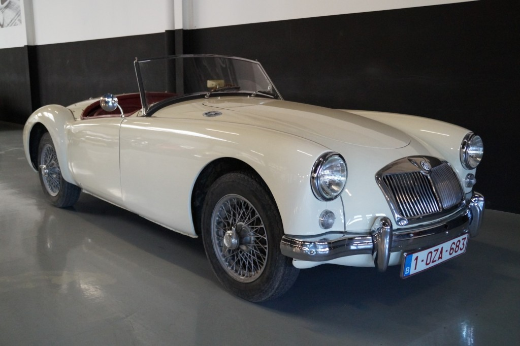 Buy this MG A 1957  at Legendary Classics (2)