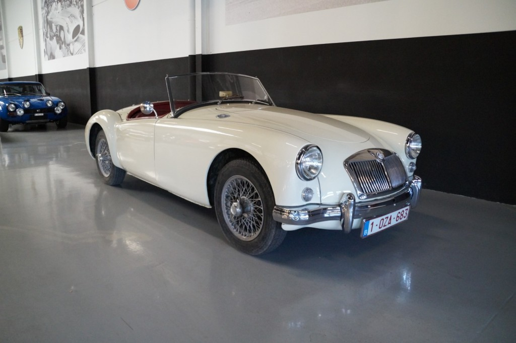 Buy this MG A 1957  at Legendary Classics (13)