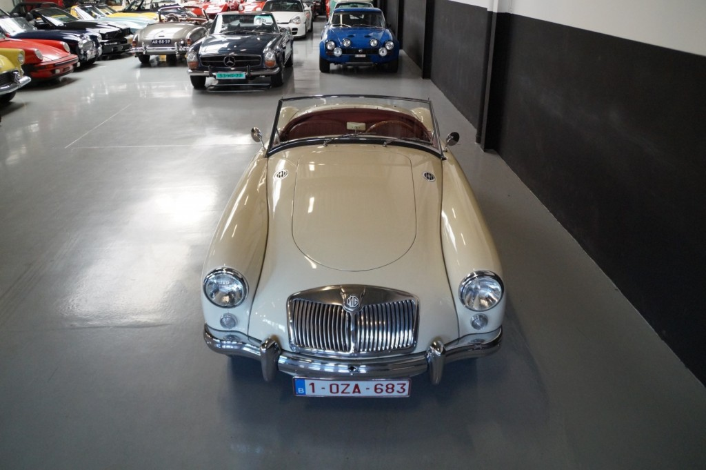 Buy this MG A 1957  at Legendary Classics (17)