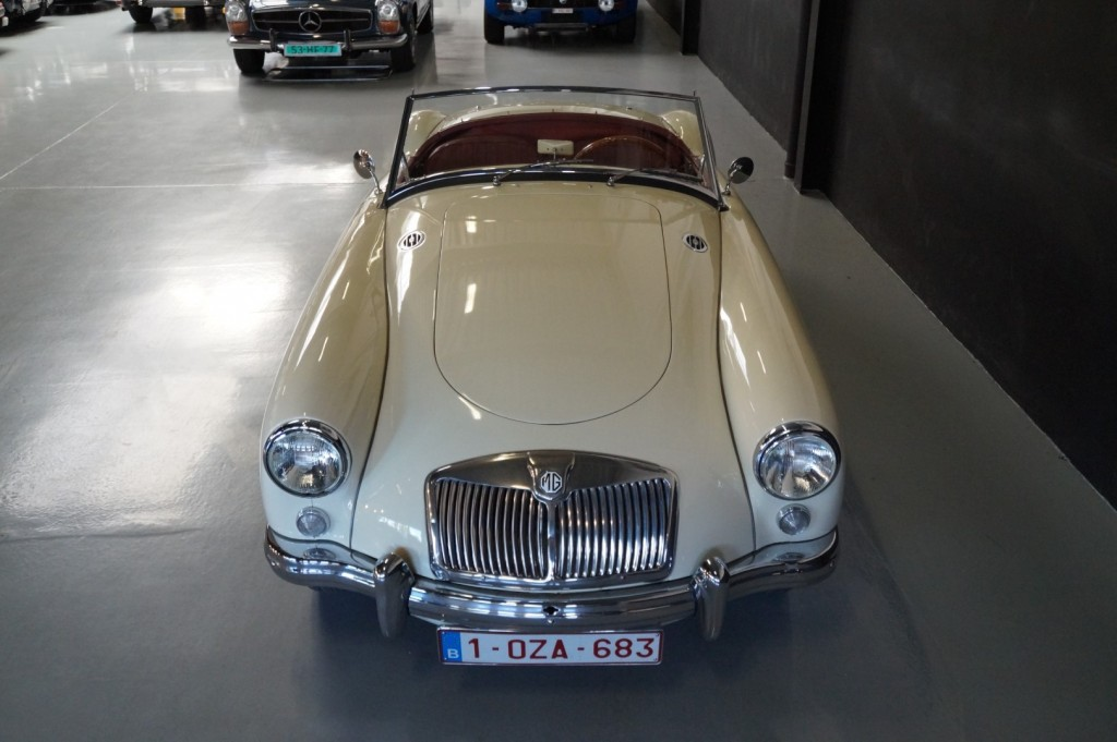 Buy this MG A 1957  at Legendary Classics (18)