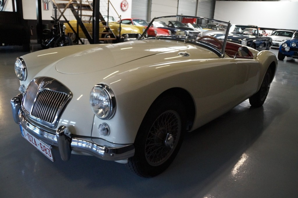Buy this MG A 1957  at Legendary Classics (19)