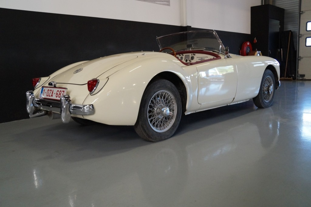 Buy this MG A 1957  at Legendary Classics (27)