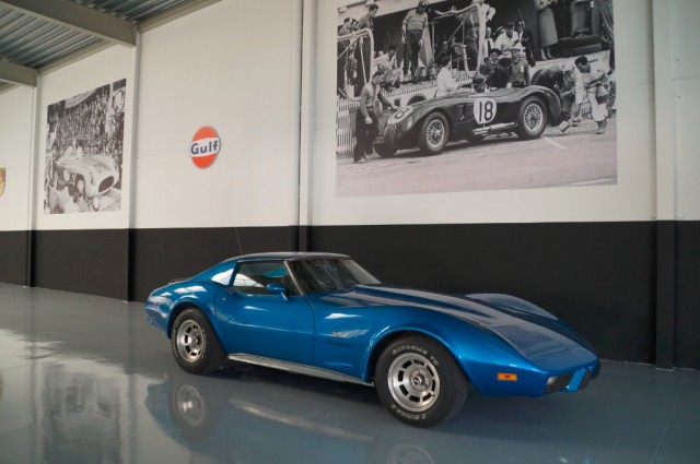 Buy this CORVETTE C3 1977  at Legendary Classics (1)