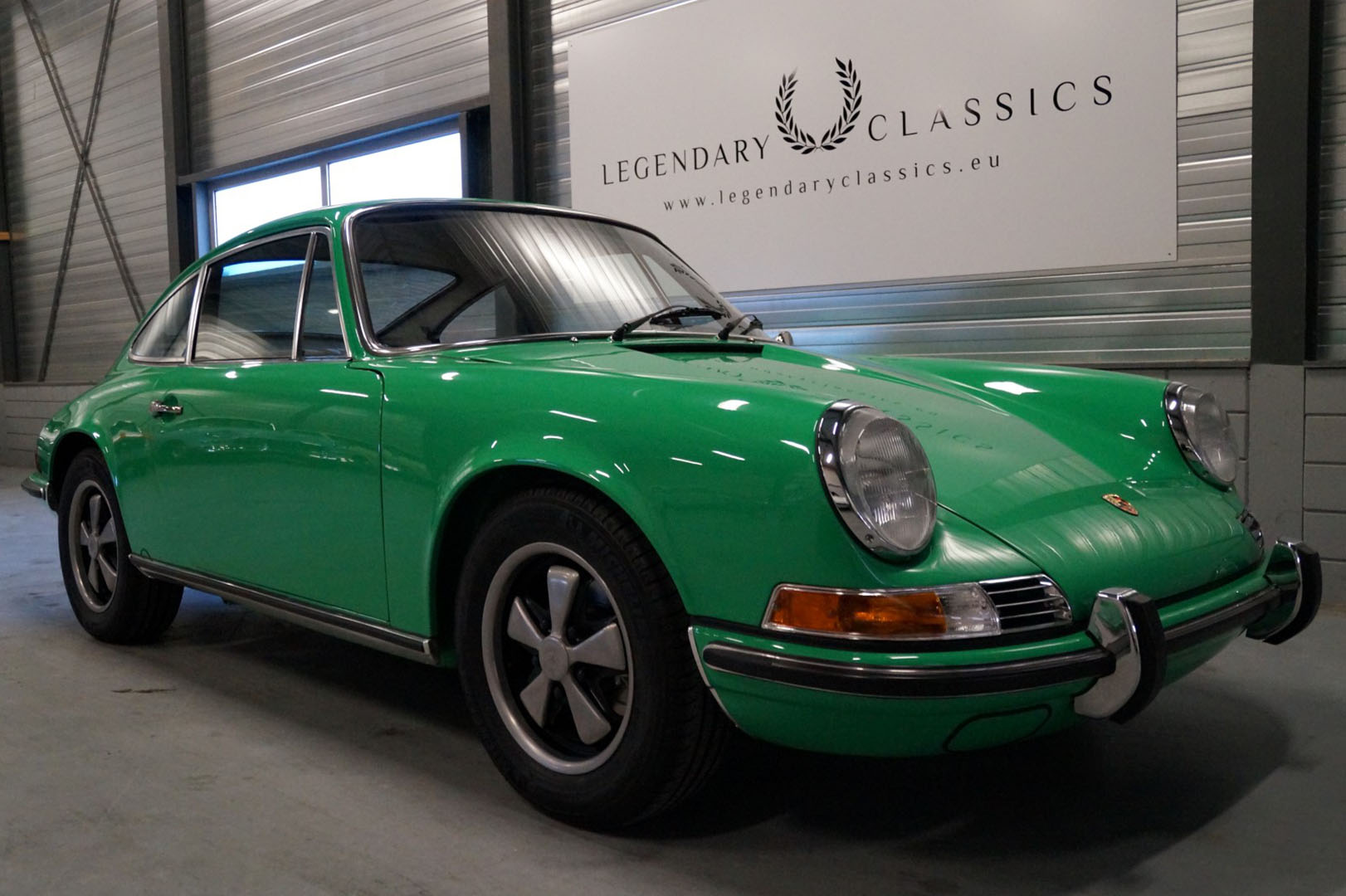 Buy this Porsche 911E    at Legendary Classics (1)