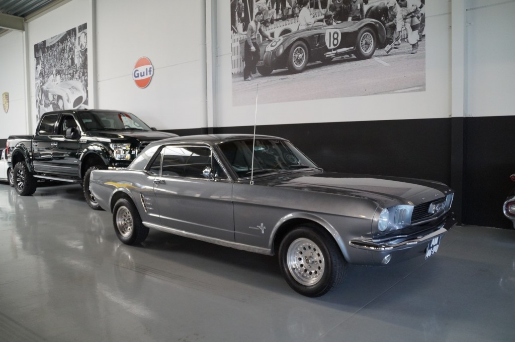 Buy this FORD MUSTANG 1966  at Legendary Classics (1)