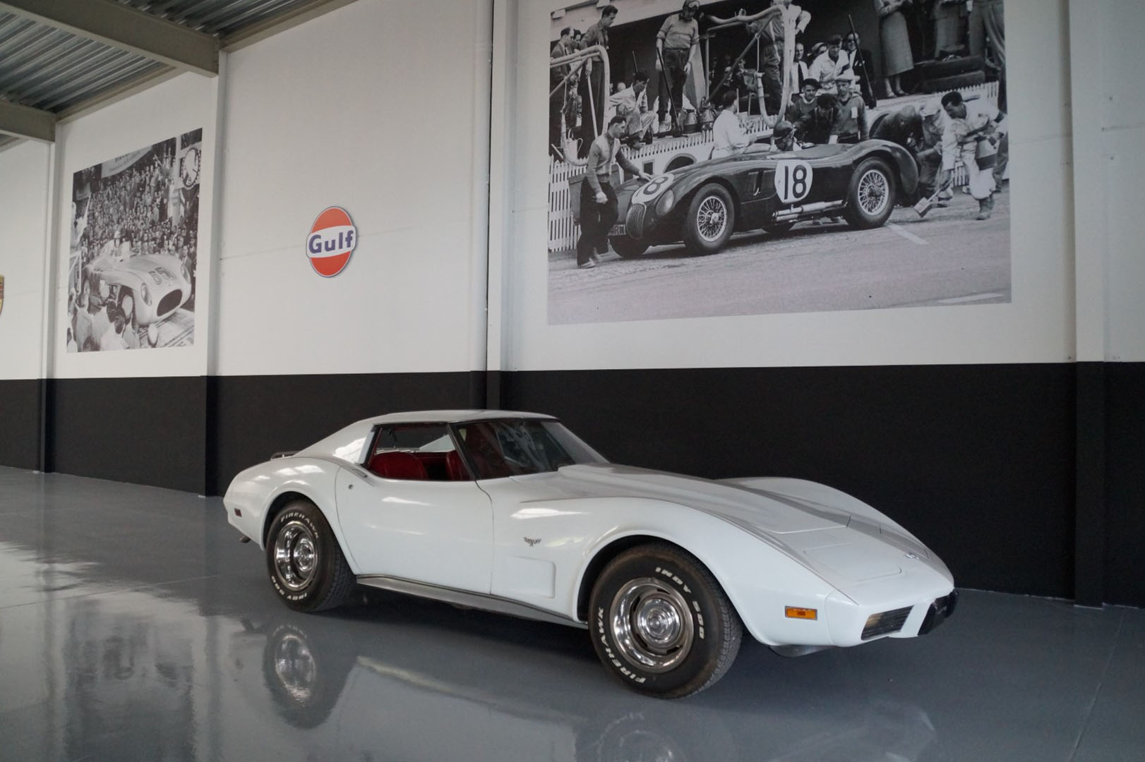 Buy this Chevrolet Corvette   at Legendary Classics (1)