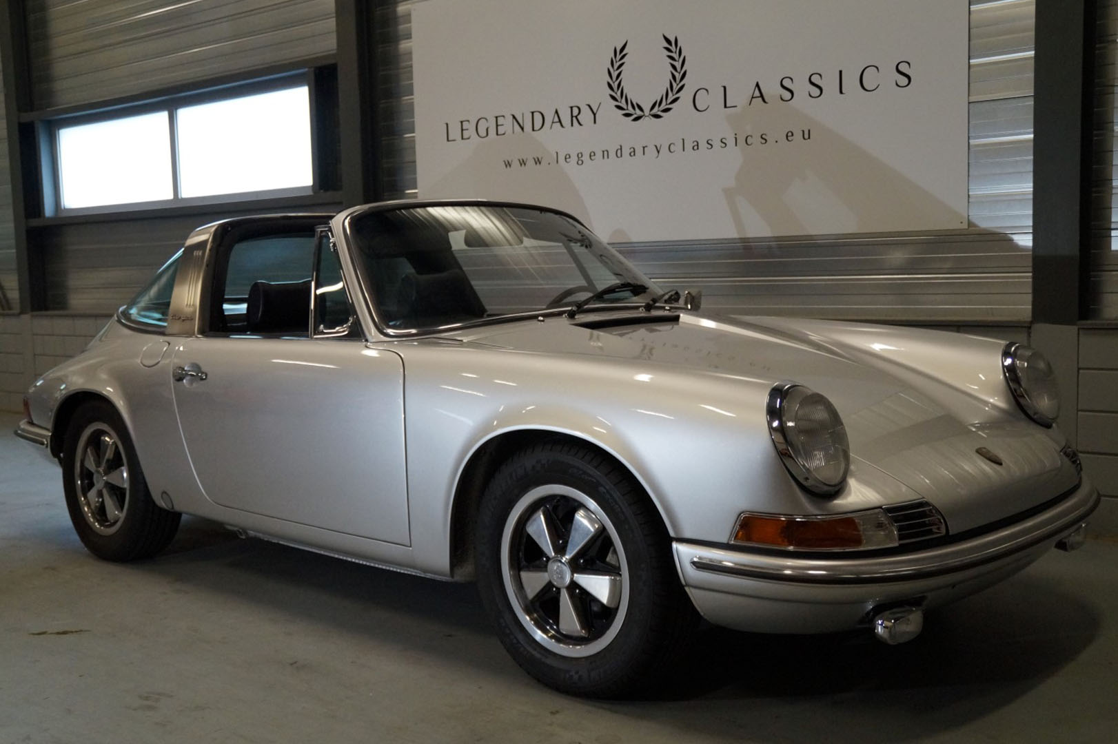 Buy this Porsche   911T   at Legendary Classics (1)